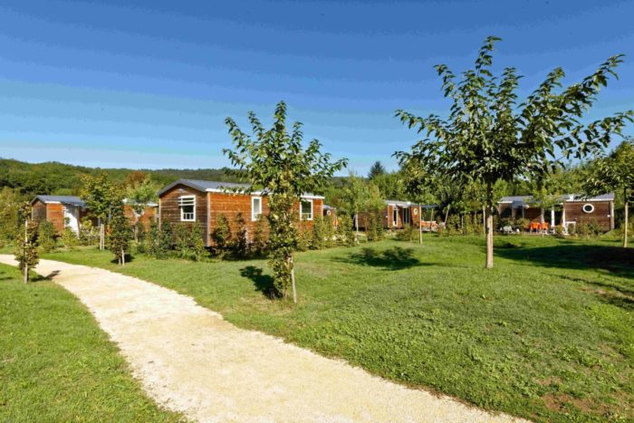 Camping Le Paradis - Images - Cottages